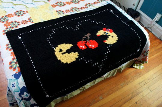 PacMan and Ms PacMan Afghan